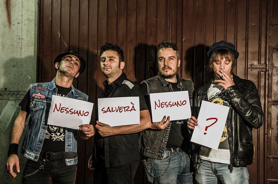 """Nuovo-singolo-e-video-per-i-RAZZI-TOTALI-""""Tempi-Cupi"""""""