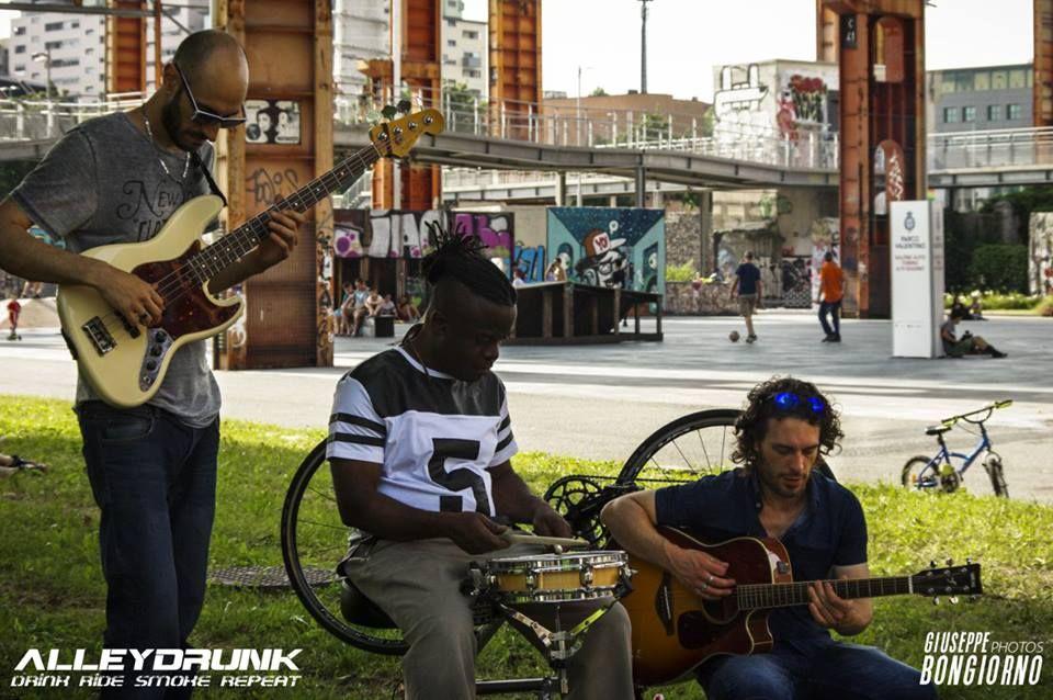 The-Black-City-e--Ike-Willis,-Revolution!!!!